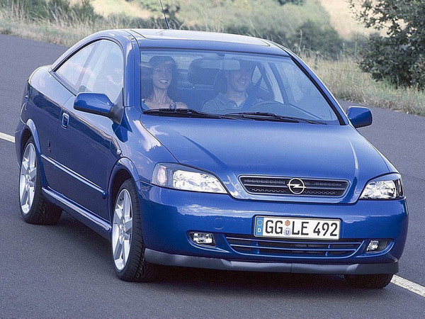 opel astra coupe car review top speed. Black Bedroom Furniture Sets. Home Design Ideas