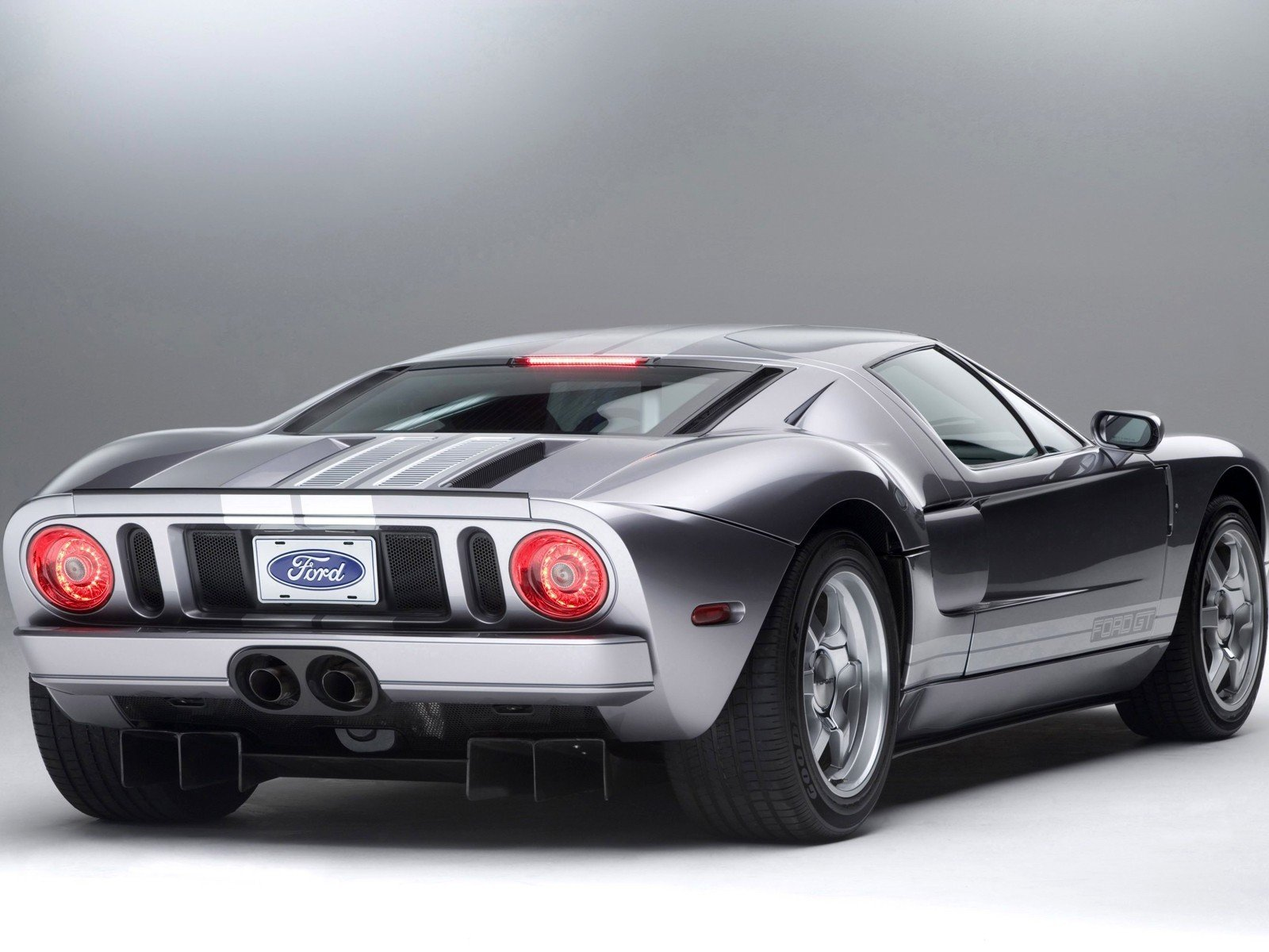 2005 ford gt40 page 2. Black Bedroom Furniture Sets. Home Design Ideas