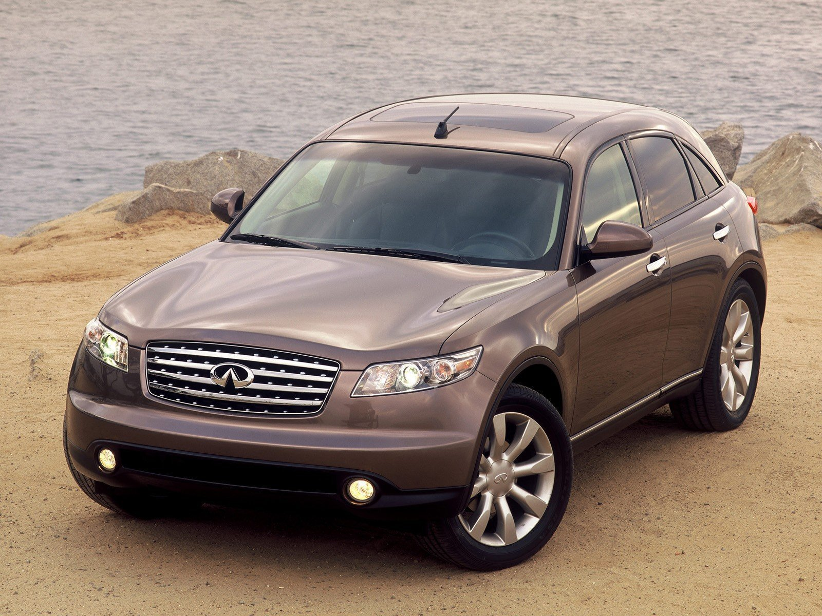 2003 Infiniti FX45 Review - Top Speed