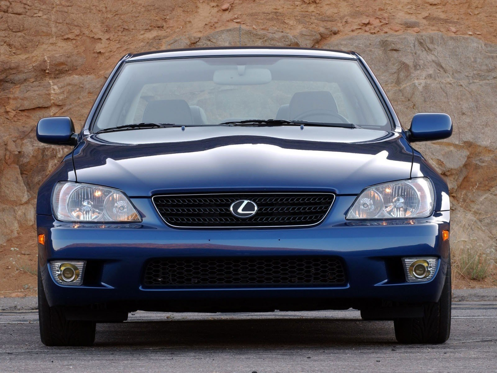 2004 lexus is 300 review top speed. Black Bedroom Furniture Sets. Home Design Ideas