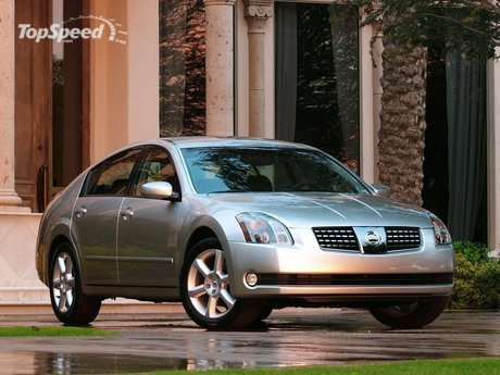 The new 2004 Nissan Maxima continues the formula passed down from five