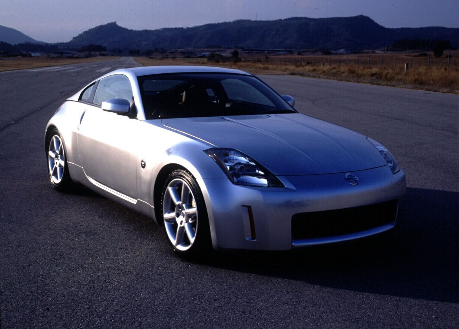 2005 nissan 350z picture 26648 car review top speed. Black Bedroom Furniture Sets. Home Design Ideas