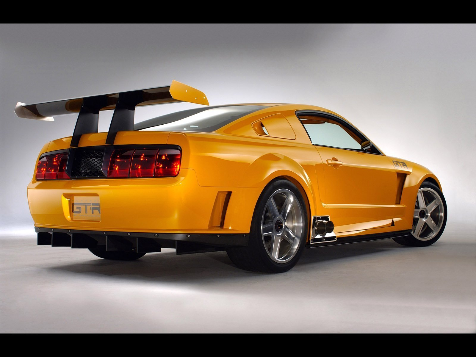 2005 saleen mustang gt r picture 27773 car review. Black Bedroom Furniture Sets. Home Design Ideas