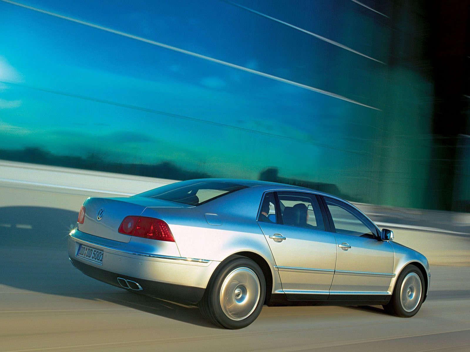 volkswagen phaeton picture  car review  top speed