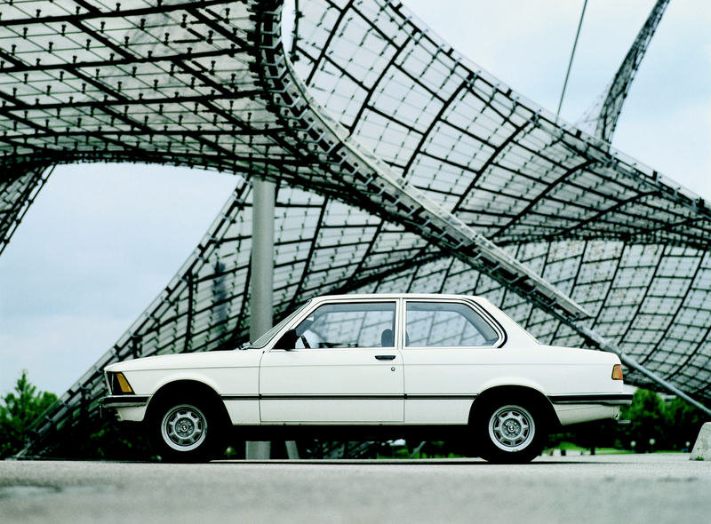 1975 The history of the BMW 3 Series - image 36665