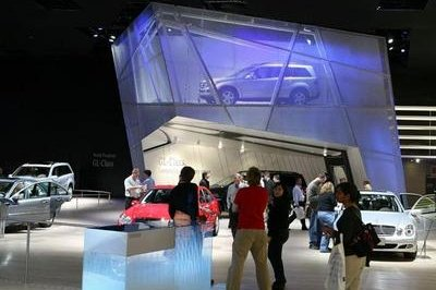 2006 Detroit Auto Show Opening Weekend Yields Strong Attendance
