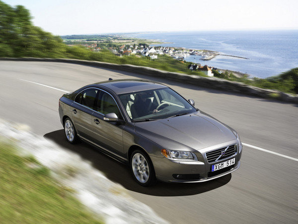 2006 Volvo S80 Review  Top Speed