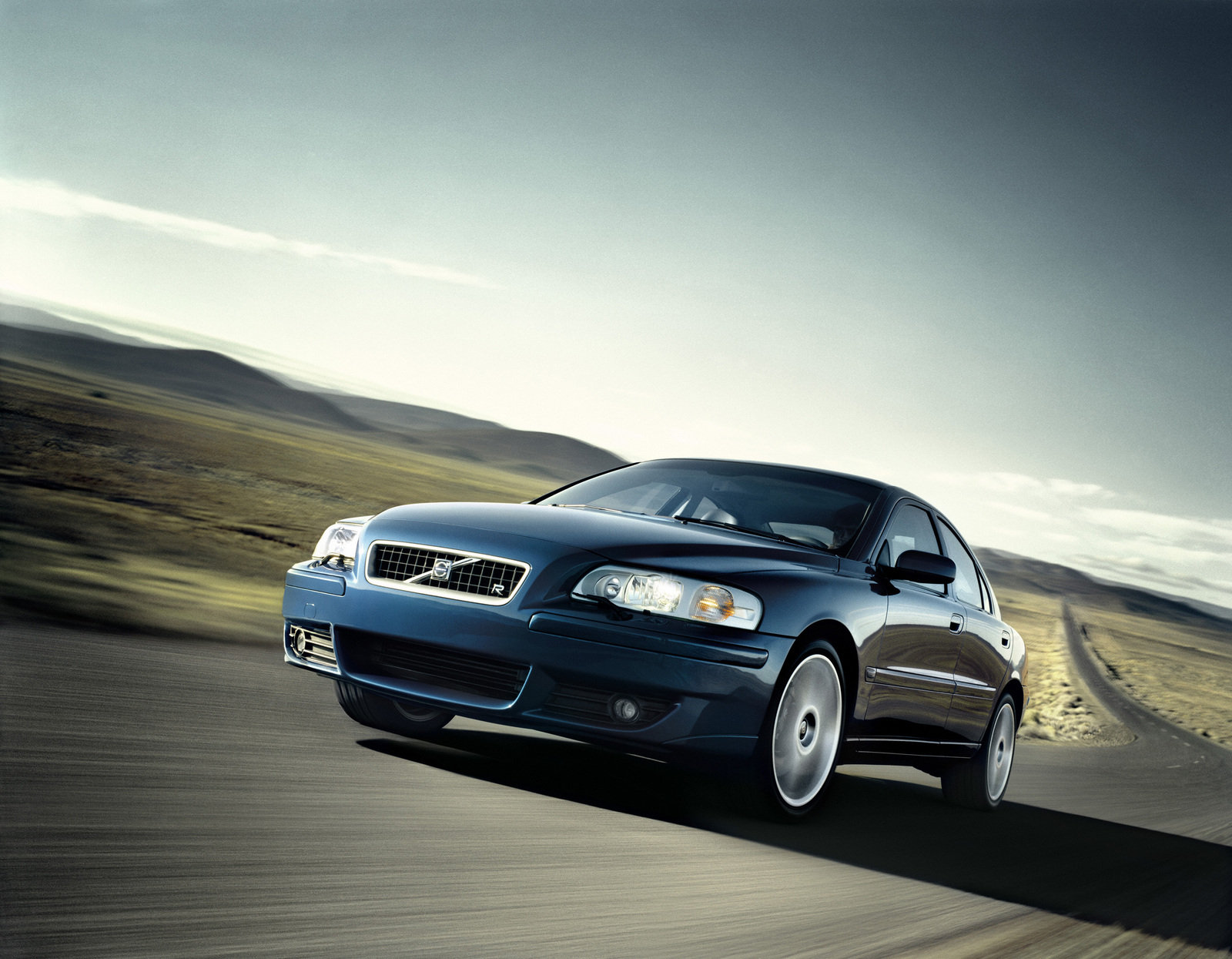 2006 Volvo V70 R Review - Top Speed