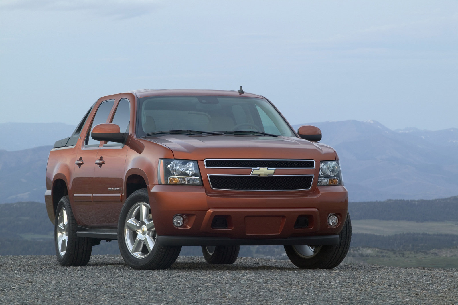 2007 Chevrolet Avalanche | Top Speed