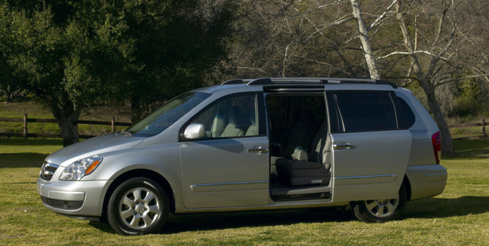 2007 hyundai entourage picture 40079 car review top. Black Bedroom Furniture Sets. Home Design Ideas
