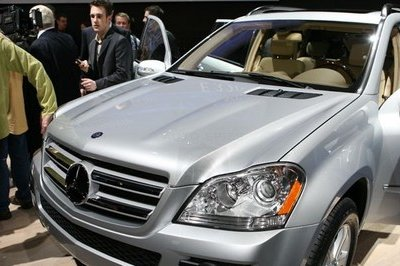 Sales release of the Mercedes-Benz GL-Class