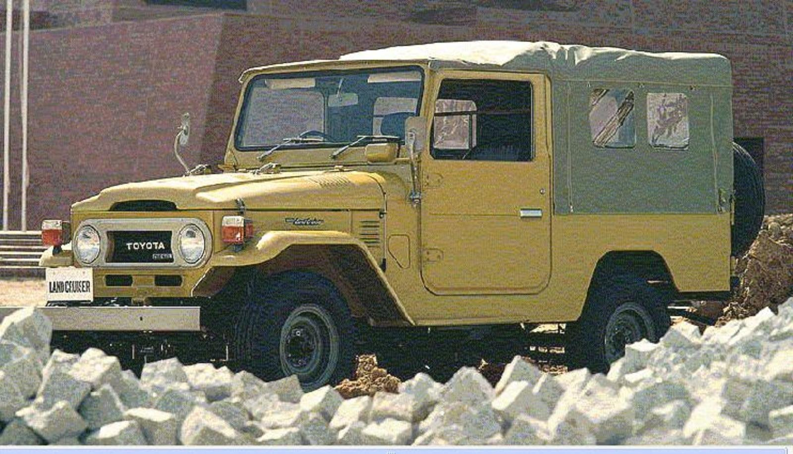 Toyota Land Cruiser Reviews Specs Prices Photos And Videos Top 300 2015 1955 1960 40 45 Series