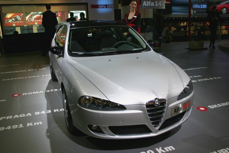 alfa romeo 147 news and reviews top speed. Black Bedroom Furniture Sets. Home Design Ideas
