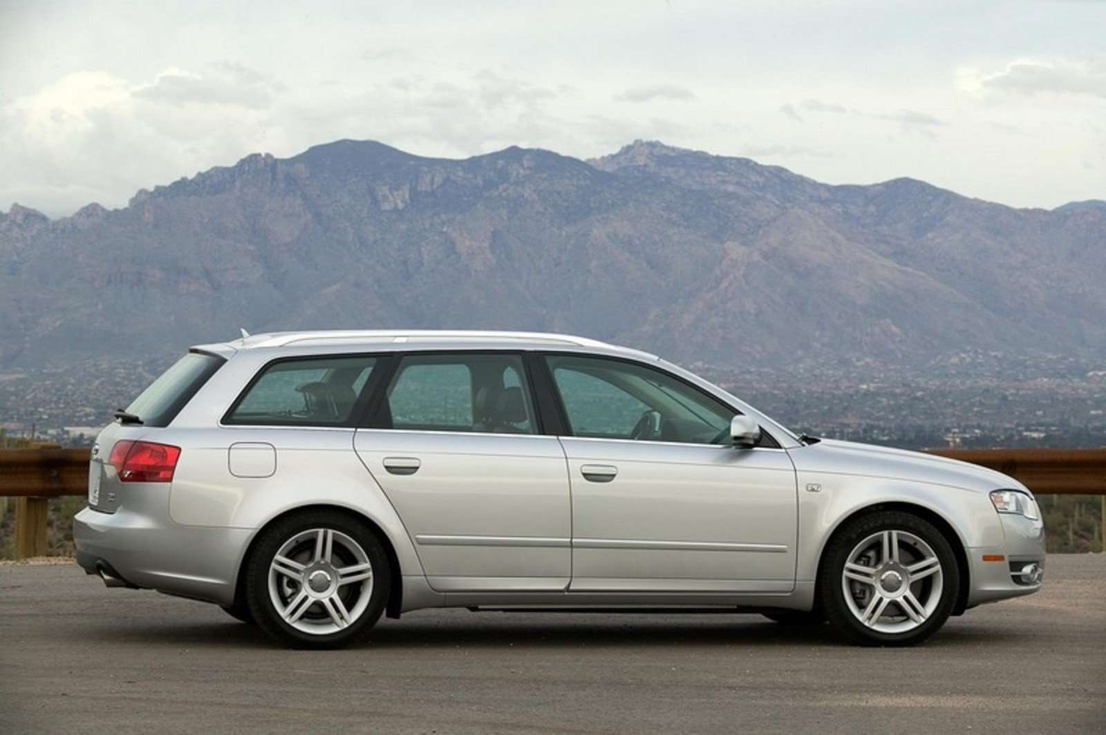 2006 audi a4 wagon picture 45156 car review top speed. Black Bedroom Furniture Sets. Home Design Ideas