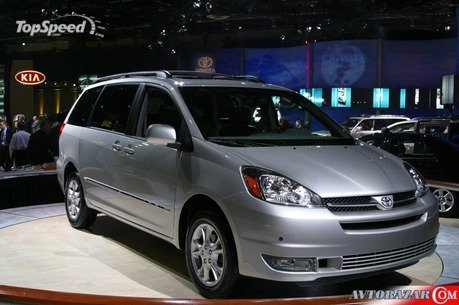 The second-generation Toyota Sienna family van enters its third year on the