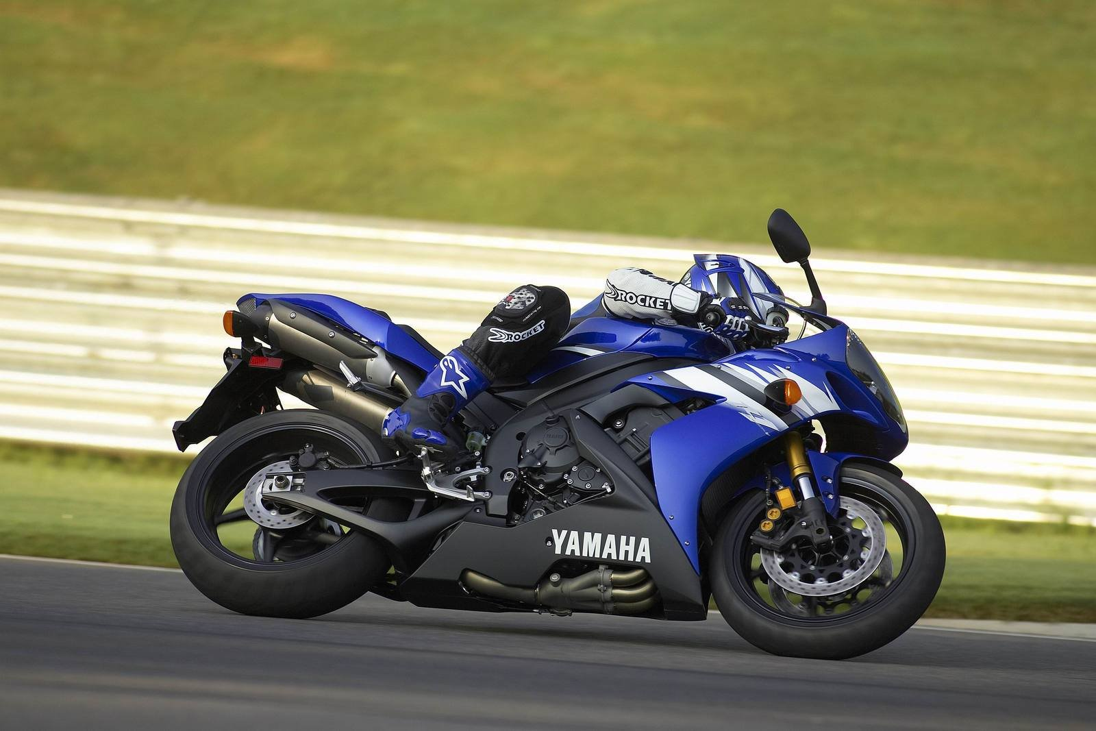 2006 yamaha yzf r1 picture 45346 motorcycle review for 2006 yamaha r1