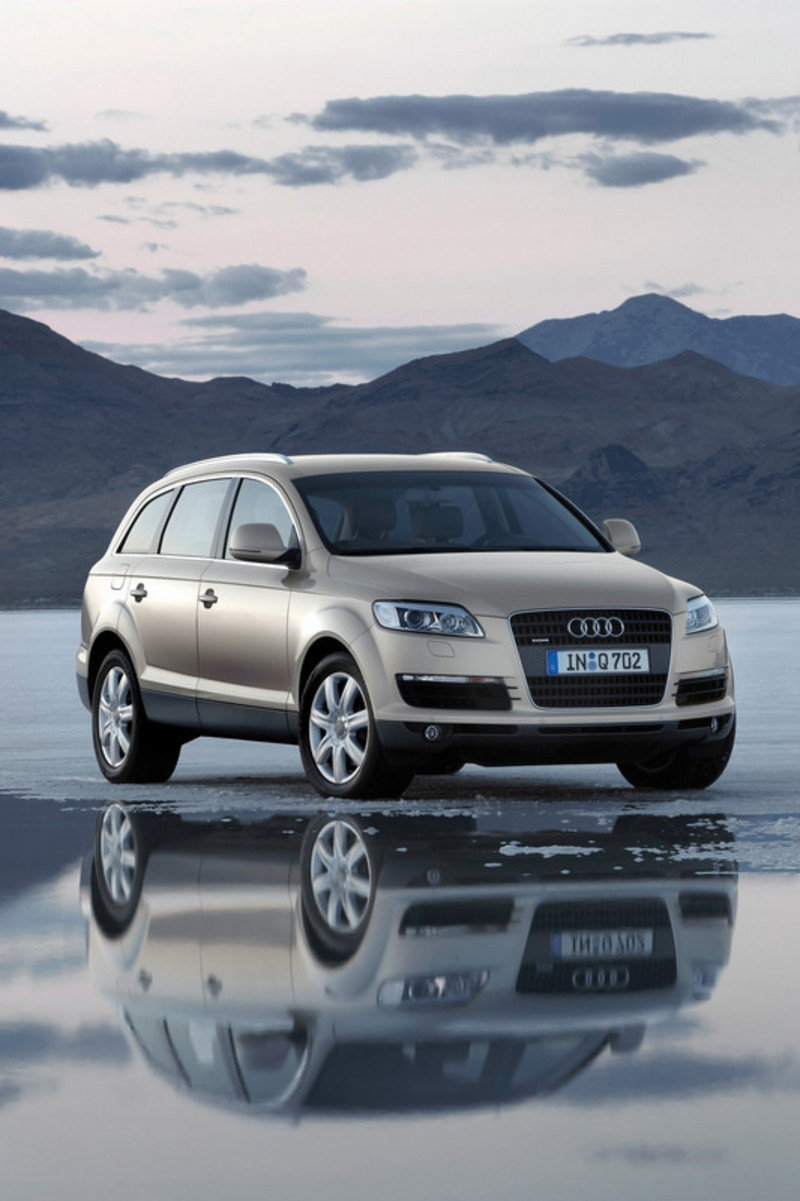 audi q7 reviews specs prices page 6 top speed. Black Bedroom Furniture Sets. Home Design Ideas