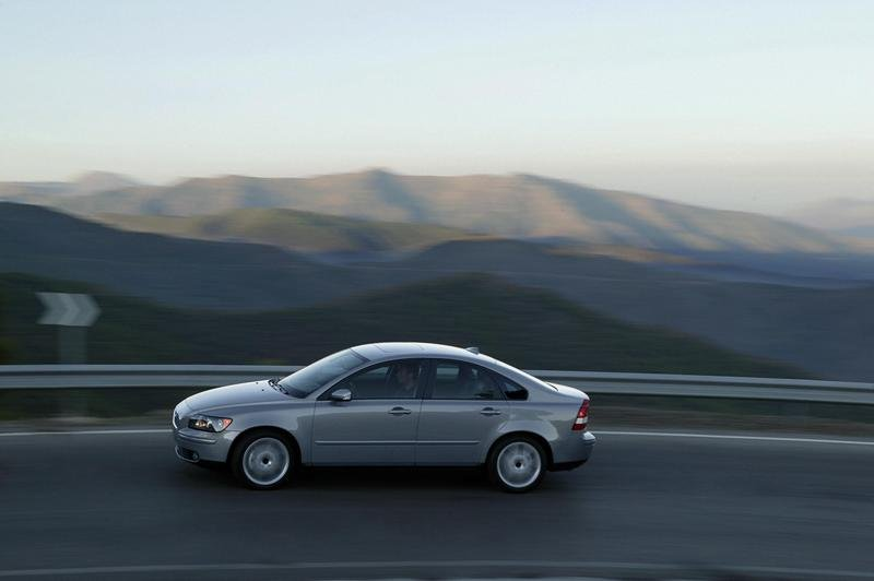 Volvo Cars starts production of the Volvo S40 in China