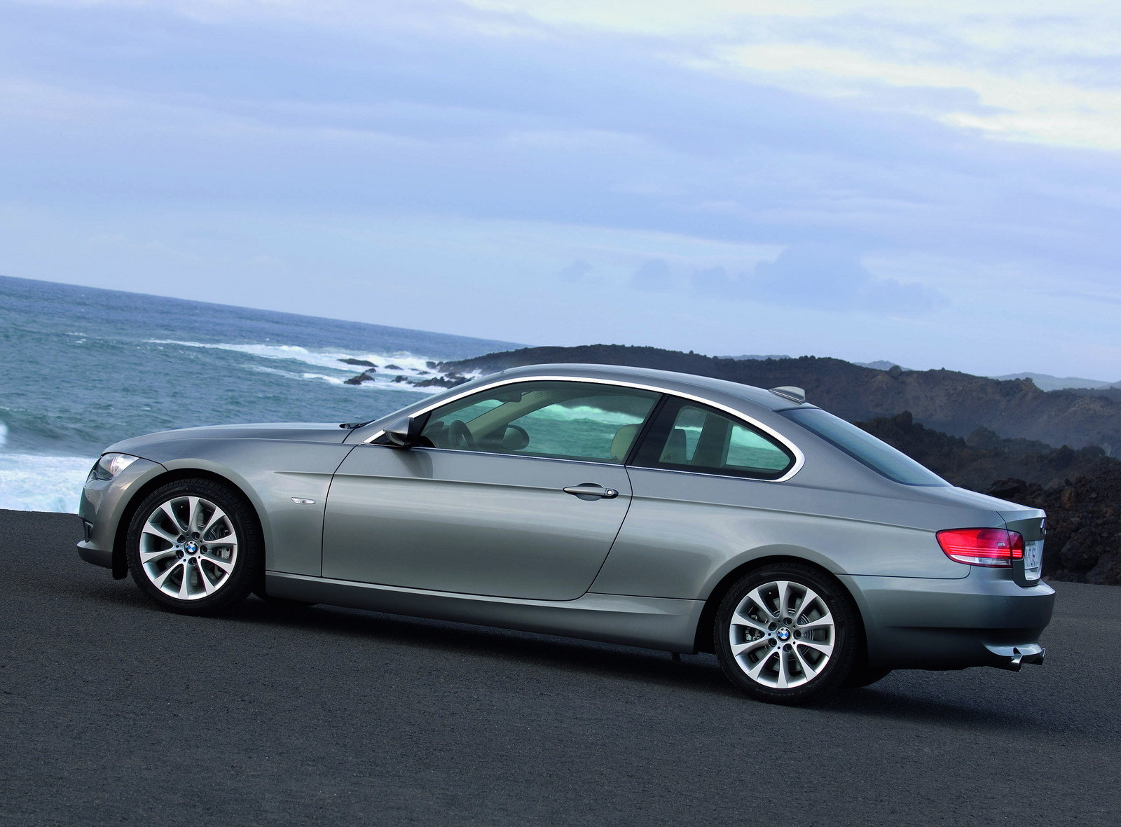 2007 bmw 3 series coupe e90 picture 54229 car review top speed. Black Bedroom Furniture Sets. Home Design Ideas