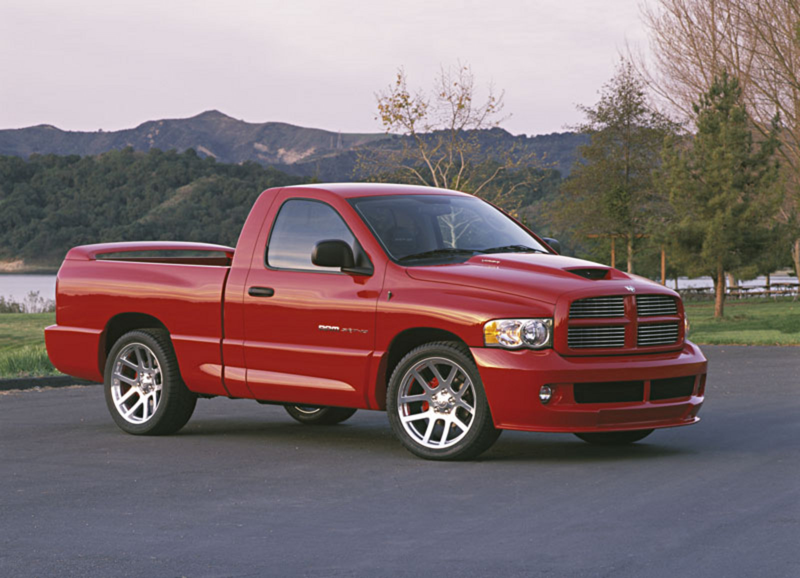 2004 dodge ram srt10 review top speed. Black Bedroom Furniture Sets. Home Design Ideas