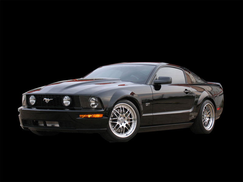 ford mustang news and reviews top speed. Black Bedroom Furniture Sets. Home Design Ideas
