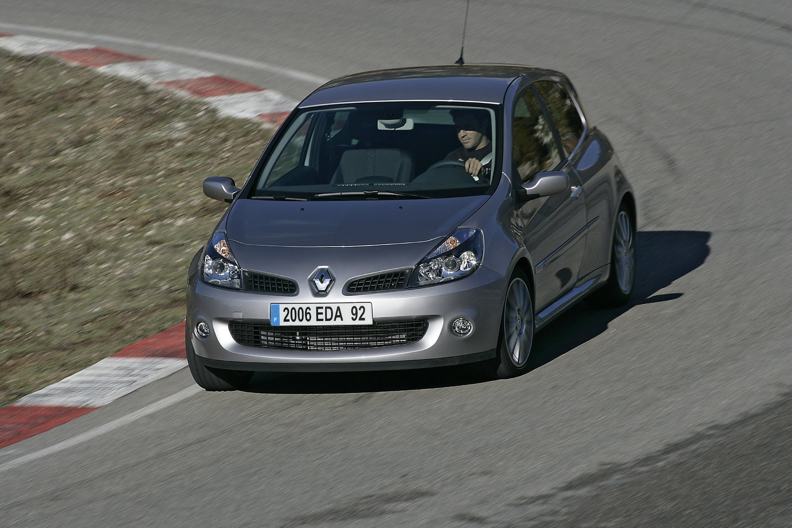 2006 renault clio sport picture 66726 car review top speed. Black Bedroom Furniture Sets. Home Design Ideas