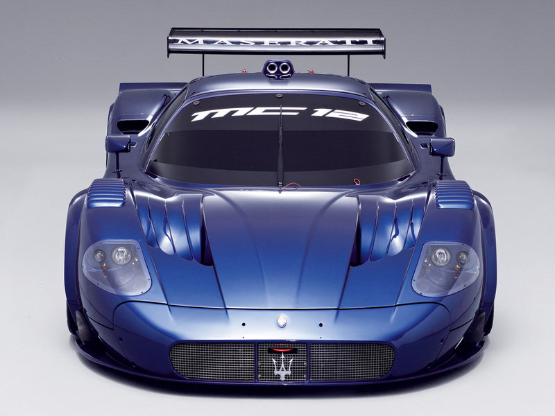 Maseratti MC12 Corsa - new supercar at 1275000$