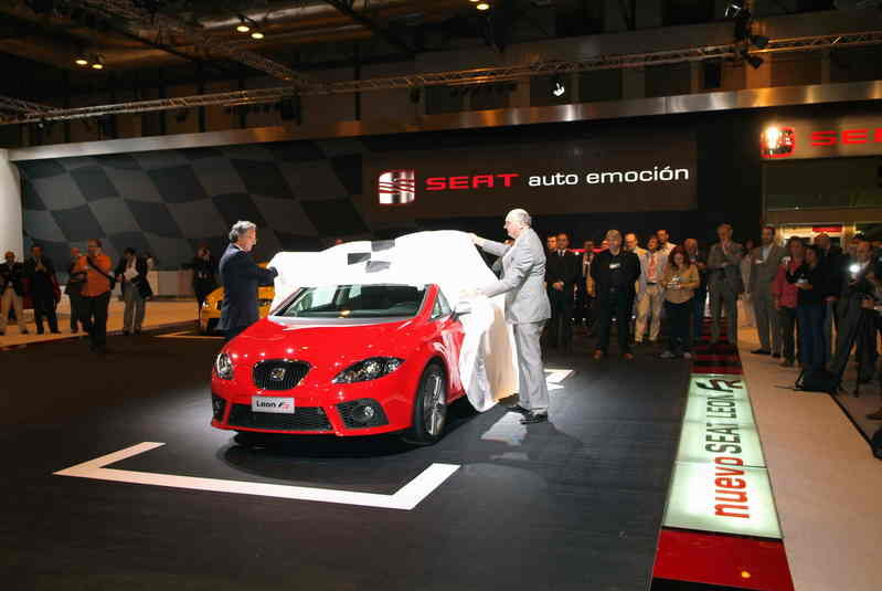 Seat announce prices for Leon FR