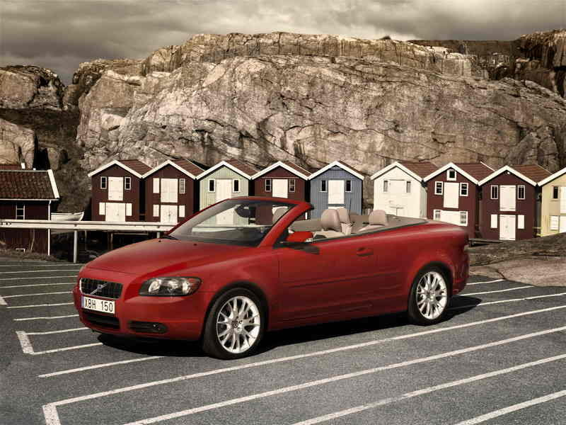 The new Volvo C70 convertible gets performance turbo diesel