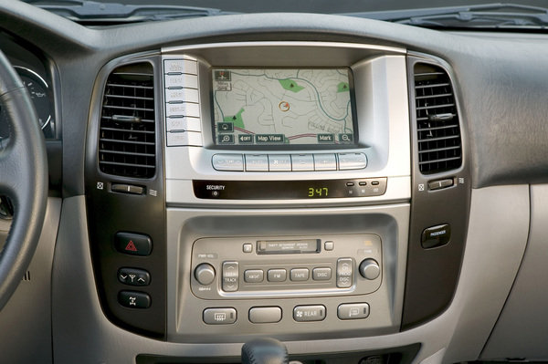 2006 Toyota Land Cruiser Car Review Top Speed