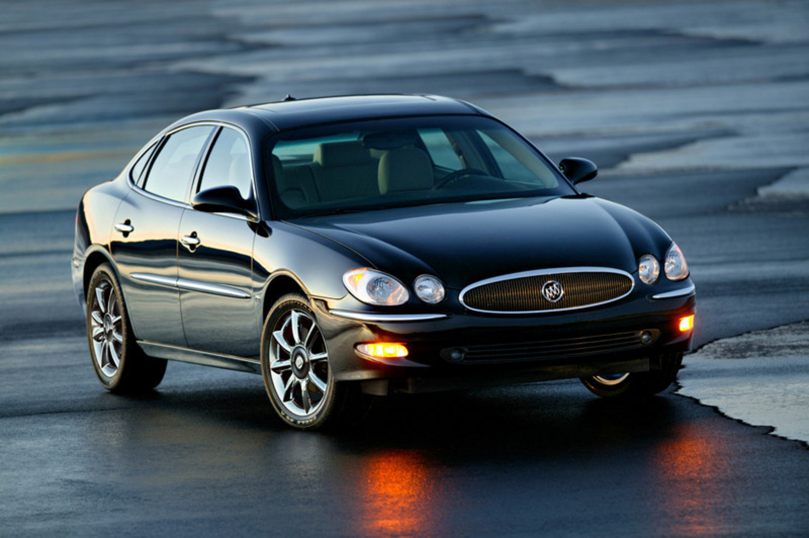Buick Lacrosse X W on 2007 Buick Lacrosse Cx Sedan
