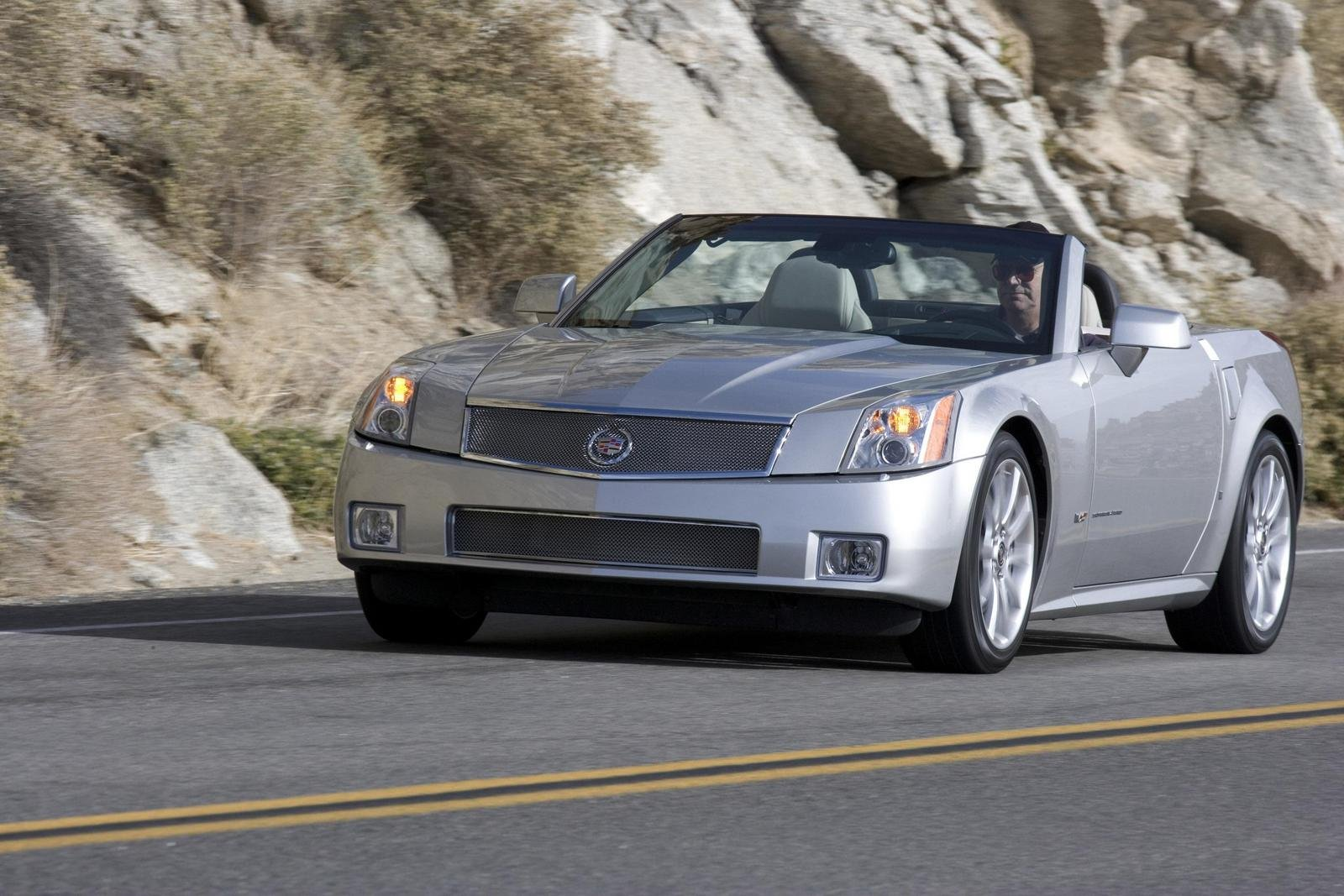 2007 Cadillac XLR-V Review - Top Speed