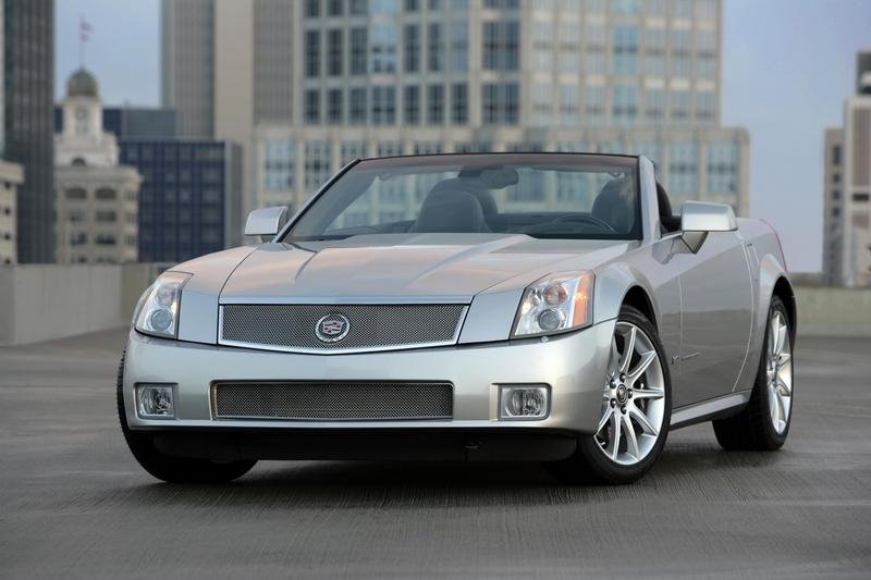 cadillac xlr photos  pictures pics wallpapers  top speed