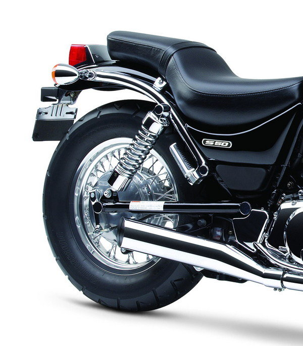 Motorcycle Review Top Speed: 2007 Suzuki Boulevard S50 - Picture 91694