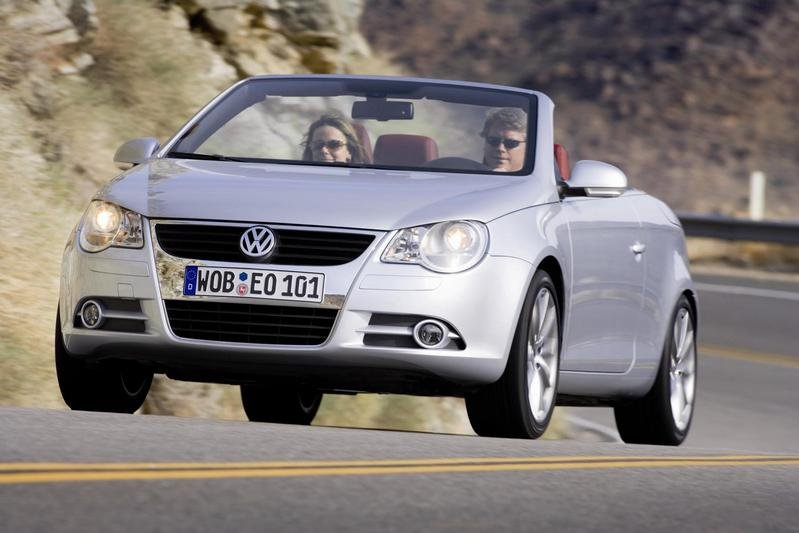 All-new Volkswagen Eos Convertible arrives in Showrooms