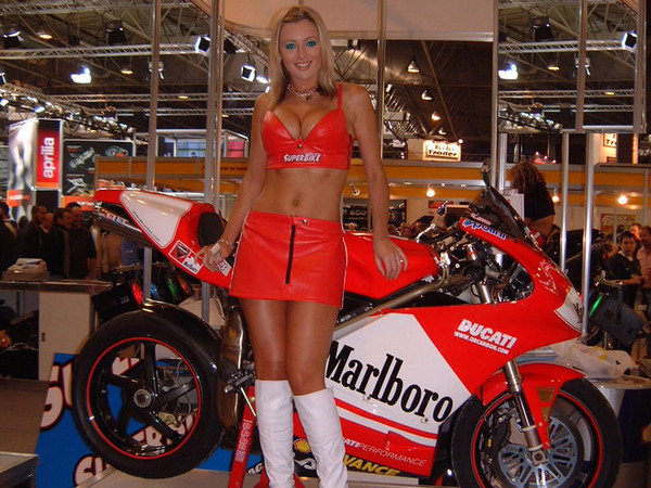 All Crash Parts >> Ducati Girls Pictures | motorcycle News @ Top Speed