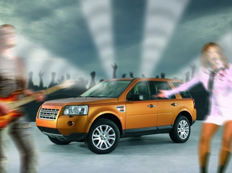 Land Rover Freelander II the first to have a Dolby Pro Logic II 7.1 Surround Sound