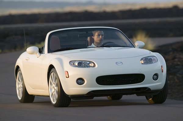 2006 mazda mx 5 miata review top speed. Black Bedroom Furniture Sets. Home Design Ideas