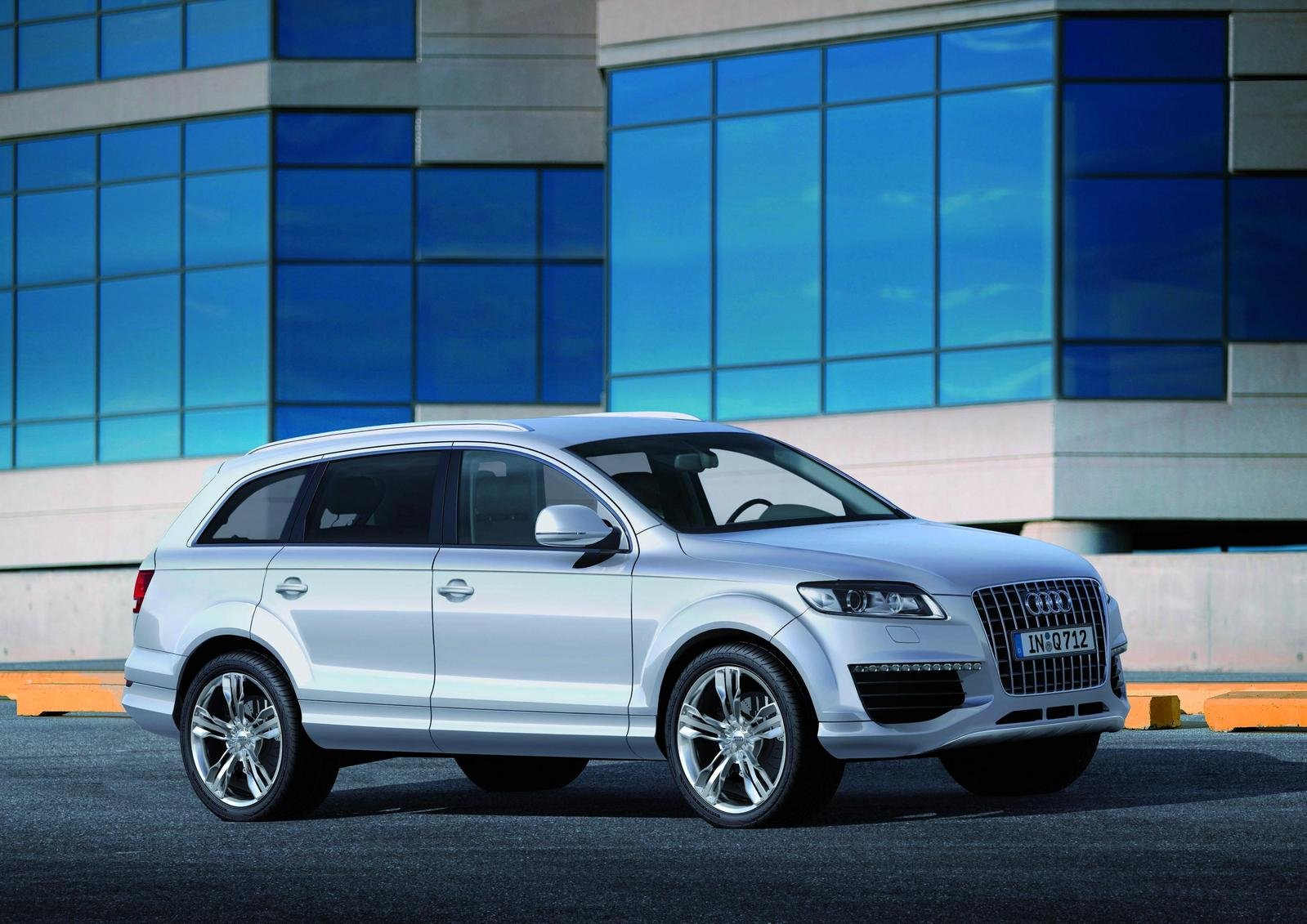 2007 audi q7 v12 tdi picture 101177 car review top speed. Black Bedroom Furniture Sets. Home Design Ideas