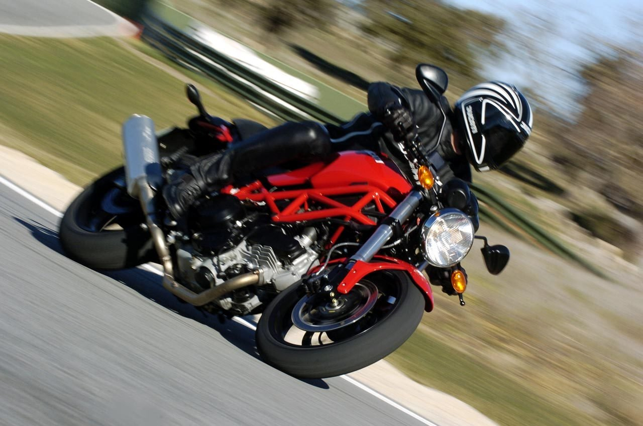 2007 ducati monster 695 picture 100402 motorcycle. Black Bedroom Furniture Sets. Home Design Ideas