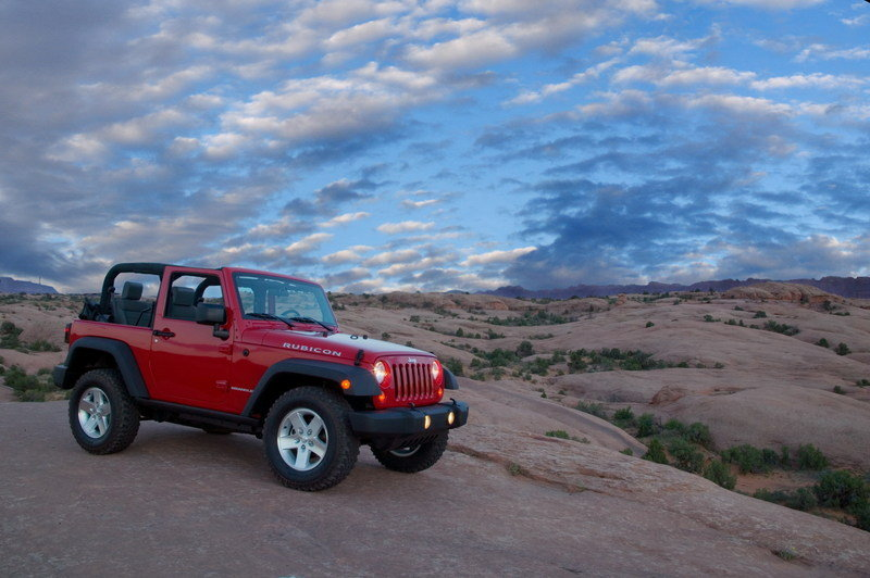 jeep wrangler news and reviews top speed. Black Bedroom Furniture Sets. Home Design Ideas