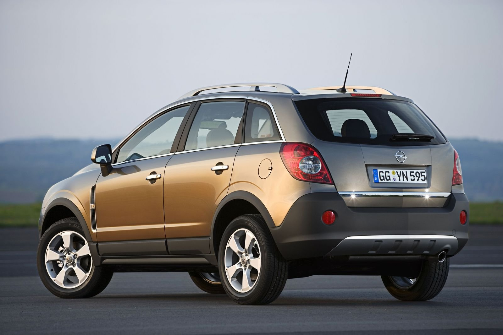 2007 opel antara picture 101005 car review top speed. Black Bedroom Furniture Sets. Home Design Ideas