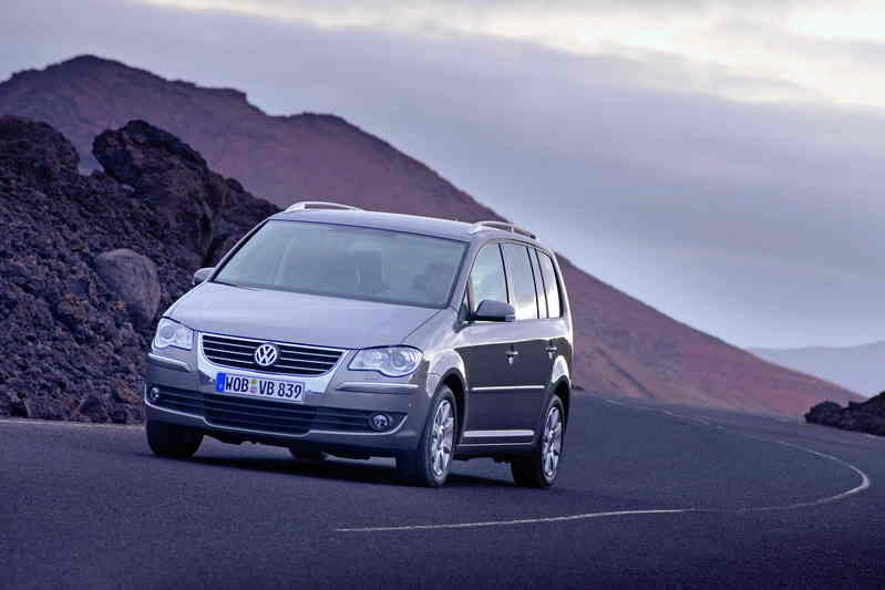 volkswagen touran photos pictures pics wallpapers. Black Bedroom Furniture Sets. Home Design Ideas