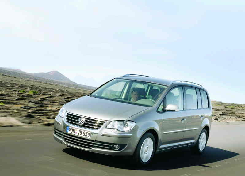 2007 volkswagen touran review top speed. Black Bedroom Furniture Sets. Home Design Ideas