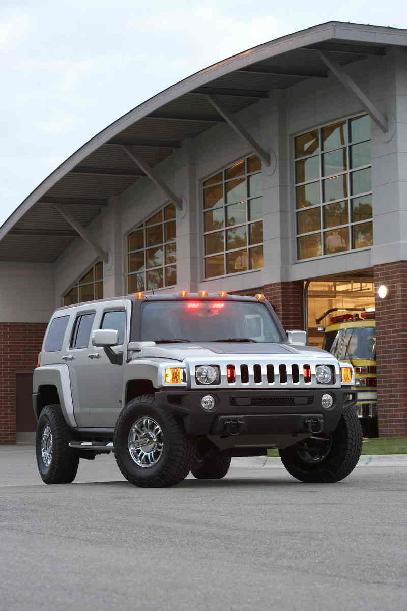 Hummer on the scene for first responders
