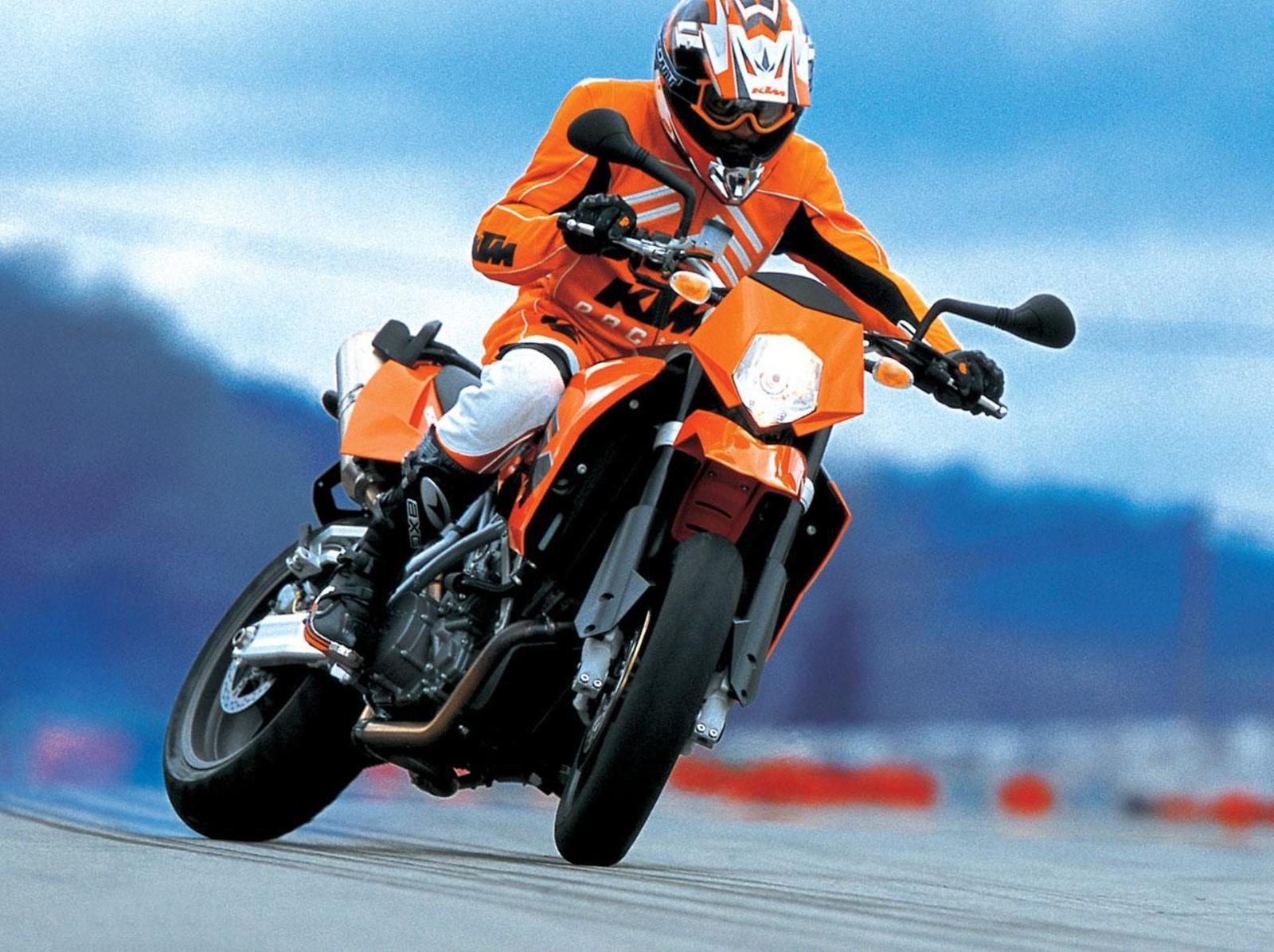 2006 ktm 950 supermoto review top speed. Black Bedroom Furniture Sets. Home Design Ideas