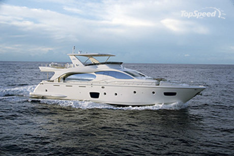 The Azimut 85 is the ultimate villa on the sea.