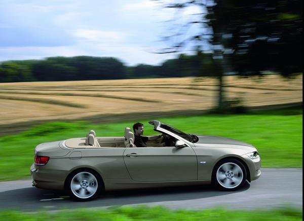 2007 bmw 3 series convertible car review top speed. Black Bedroom Furniture Sets. Home Design Ideas