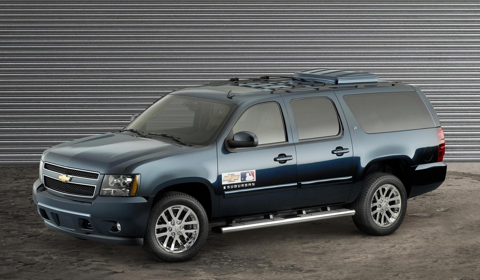 2007 Chevrolet Major League Baseball Suburban Review Top