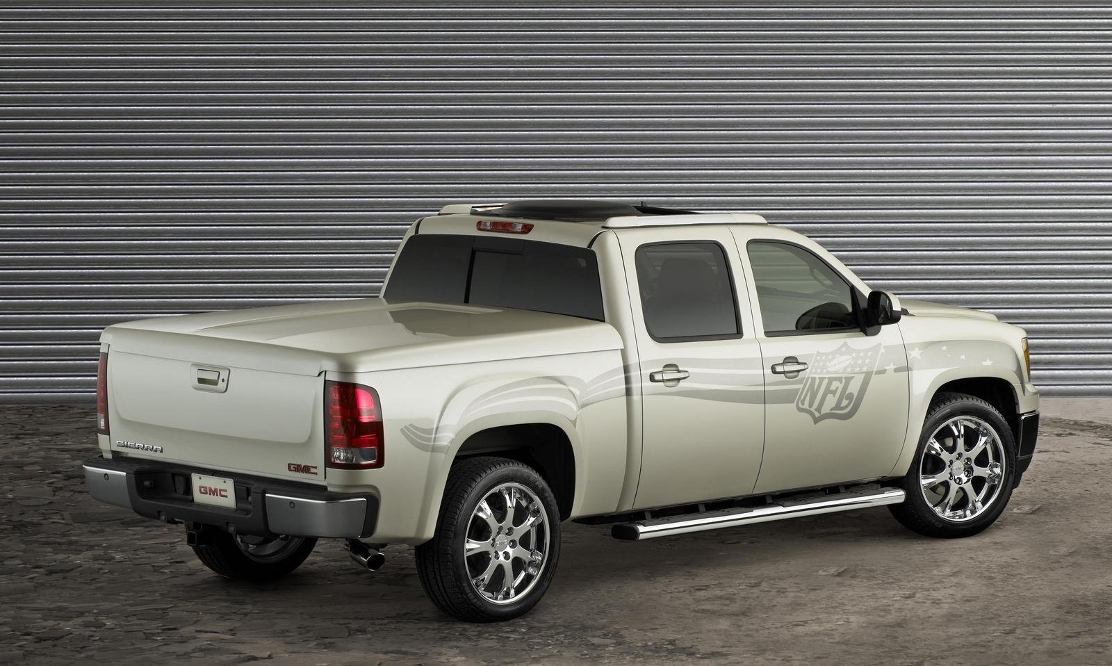 2007 gmc sierra nfl crew cab picture 108937 car review. Black Bedroom Furniture Sets. Home Design Ideas